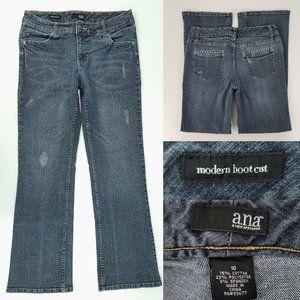 ana Modern Boot Cut Distresed Jeans 10 31x30
